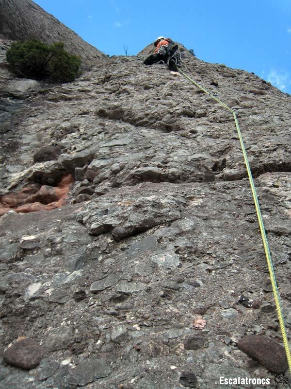 Primera tirada sobre roca excel·lent