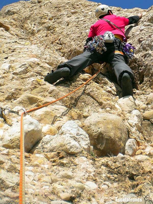 Primers metres de la sisena tirada de la Mil·lennium al Serrat dels Monjos