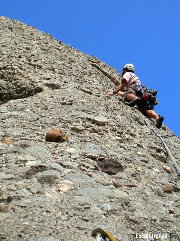 Esparraguera, una bona manera d'enfilar-nos a la Roca Gris