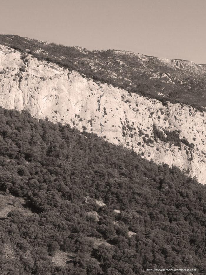 Recorregut de la via Regal de Reis a la Paret del Riu Lacó